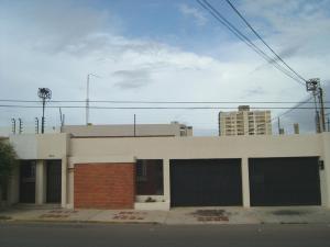 Casa En Alquileren Maracaibo, Tierra Negra, Venezuela, VE RAH: 18-12127
