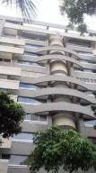 Apartamento En Alquileren Caracas, El Rosal, Venezuela, VE RAH: 18-12230