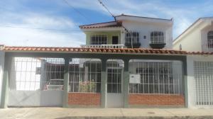 Casa En Alquileren Barquisimeto, Parroquia Catedral, Venezuela, VE RAH: 18-12247