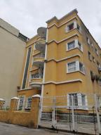 Apartamento En Ventaen Caracas, Chacao, Venezuela, VE RAH: 18-12280