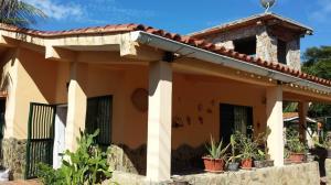 Casa En Ventaen Higuerote, Club Campestre El Paraiso, Venezuela, VE RAH: 18-12260