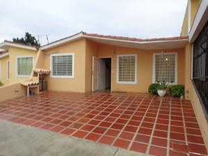 Casa En Ventaen Barquisimeto, Hacienda Yucatan, Venezuela, VE RAH: 18-12259