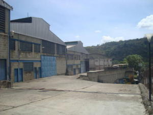 Galpon - Deposito En Alquileren Charallave, Los Anaucos, Venezuela, VE RAH: 18-12286