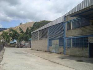 Galpon - Deposito En Alquileren Charallave, Los Anaucos, Venezuela, VE RAH: 18-12287