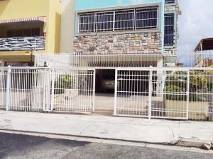 Casa En Ventaen Valencia, Trigal Norte, Venezuela, VE RAH: 18-12300