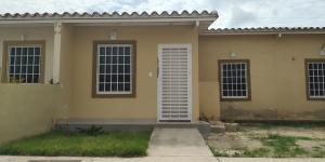 Casa En Ventaen Guacara, Ciudad Alianza, Venezuela, VE RAH: 18-12330