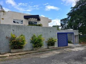 Casa En Ventaen Caracas, La Lagunita Country Club, Venezuela, VE RAH: 18-12649