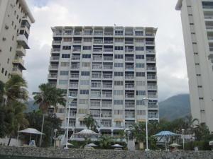 Apartamento En Ventaen Parroquia Caraballeda, Los Corales, Venezuela, VE RAH: 18-12359