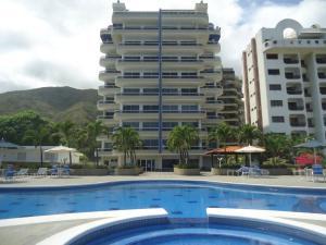 Apartamento En Ventaen Parroquia Caraballeda, Caribe, Venezuela, VE RAH: 18-12550