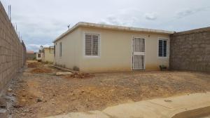 Casa En Ventaen Coro, Las Eugenias, Venezuela, VE RAH: 18-12399