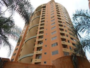 Apartamento En Ventaen Valencia, Valle Blanco, Venezuela, VE RAH: 18-12442