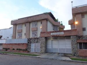 Apartamento En Ventaen Valencia, Sabana Larga, Venezuela, VE RAH: 18-16136