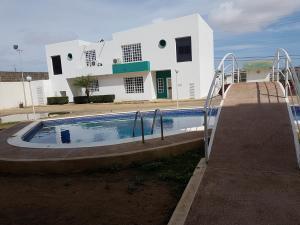 Apartamento En Ventaen Coro, Sol Dorado, Venezuela, VE RAH: 18-12492