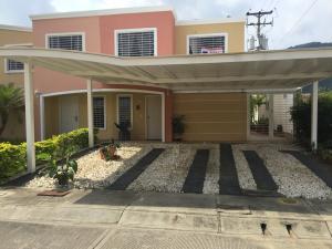 Casa En Ventaen Guatire, Estancia Las Margaritas, Venezuela, VE RAH: 18-12621