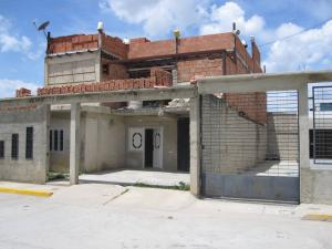 Casa En Ventaen Municipio Linares Alcantara, La Morita I, Venezuela, VE RAH: 18-12539