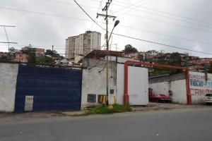 Terreno En Ventaen Los Teques, La Matica, Venezuela, VE RAH: 18-12547
