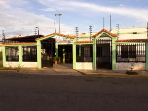 Casa En Ventaen Ciudad Ojeda, Intercomunal, Venezuela, VE RAH: 18-12974