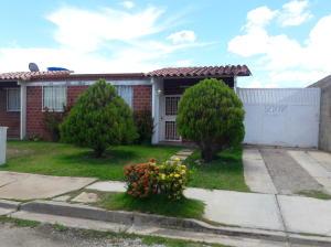 Casa En Ventaen Margarita, La Guardia, Venezuela, VE RAH: 18-12559