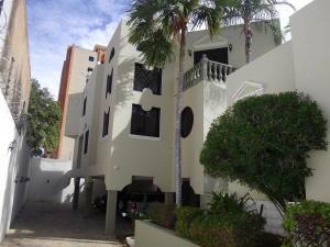 Casa En Alquileren Maracaibo, Avenida Baralt, Venezuela, VE RAH: 18-12607