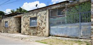 Casa En Ventaen Municipio San Diego, Sabana Del Medio, Venezuela, VE RAH: 18-12598