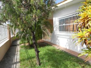 Casa En Ventaen Valencia, Parque Valencia, Venezuela, VE RAH: 18-12602