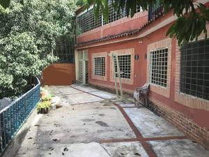 Apartamento En Alquileren Caracas, San Bernardino, Venezuela, VE RAH: 18-12609