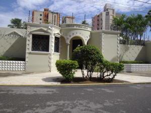 Casa En Alquileren Maracaibo, Avenida Baralt, Venezuela, VE RAH: 18-12654