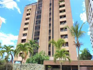 Apartamento En Ventaen Parroquia Caraballeda, Caribe, Venezuela, VE RAH: 18-12773