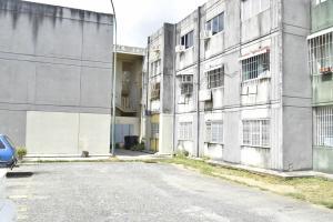 Apartamento En Ventaen Cabudare, La Mora, Venezuela, VE RAH: 18-12771