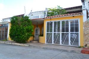 Casa En Ventaen Charallave, Colinas De Betania, Venezuela, VE RAH: 18-12807