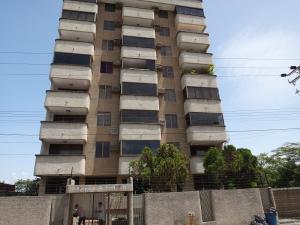Apartamento En Ventaen Higuerote, Carenero, Venezuela, VE RAH: 18-12841