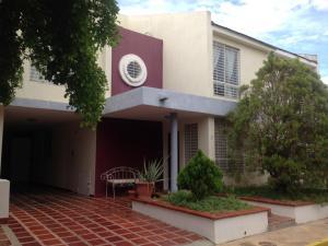 Townhouse En Ventaen Maracaibo, Monte Bello, Venezuela, VE RAH: 18-12875