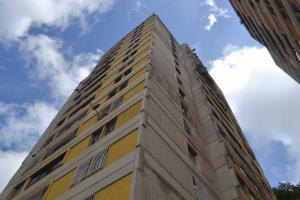 Apartamento En Ventaen San Antonio De Los Altos, Las Churuatas, Venezuela, VE RAH: 18-12894