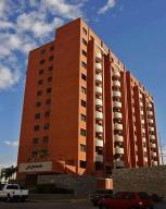 Apartamento En Alquileren Lecheria, Calle Arismendi, Venezuela, VE RAH: 18-12937