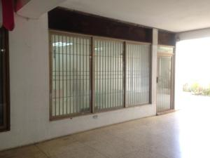 Local Comercial En Alquileren Maracaibo, Avenida Bella Vista, Venezuela, VE RAH: 18-12889