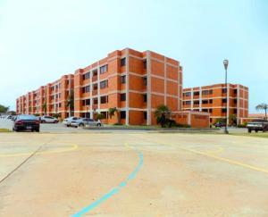 Apartamento En Ventaen Maracaibo, Avenida Milagro Norte, Venezuela, VE RAH: 18-12982