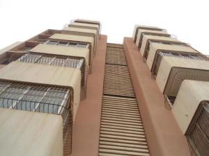 Apartamento En Ventaen Maracaibo, Dr Portillo, Venezuela, VE RAH: 18-13333