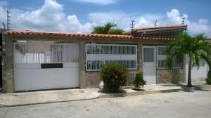 Casa En Ventaen Guacara, Ciudad Alianza, Venezuela, VE RAH: 18-12983