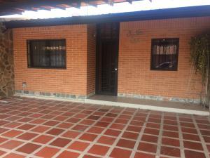Casa En Ventaen Municipio San Diego, Tiziana Villas, Venezuela, VE RAH: 18-13009