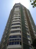 Apartamento En Ventaen Caracas, Los Palos Grandes, Venezuela, VE RAH: 18-13032