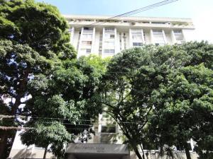 Apartamento En Ventaen Caracas, Los Palos Grandes, Venezuela, VE RAH: 18-13040