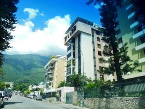 Apartamento En Ventaen Caracas, Los Palos Grandes, Venezuela, VE RAH: 18-13293