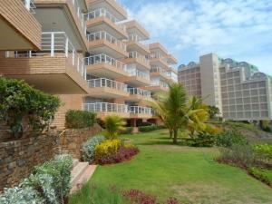Apartamento En Ventaen Margarita, Pampatar, Venezuela, VE RAH: 18-13050