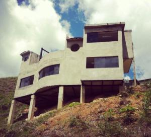 Casa En Ventaen San Antonio De Los Altos, El Amarillo, Venezuela, VE RAH: 18-13054