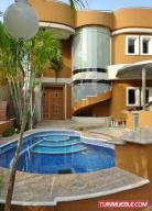 Casa En Ventaen Lecheria, Casa Botes B, Venezuela, VE RAH: 18-13087