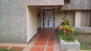 Apartamento En Ventaen Maracaibo, Pomona, Venezuela, VE RAH: 18-13100