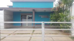 Local Comercial En Alquileren Cabimas, Delicias Vieja, Venezuela, VE RAH: 18-13113