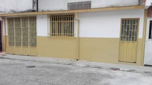 Casa En Ventaen Merida, Avenida Universidad, Venezuela, VE RAH: 18-11422