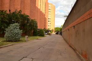 Apartamento En Ventaen Maracaibo, El Milagro, Venezuela, VE RAH: 18-13131