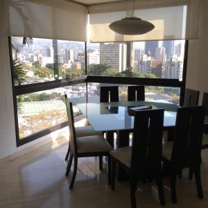 Apartamento En Ventaen Caracas, San Bernardino, Venezuela, VE RAH: 18-13157